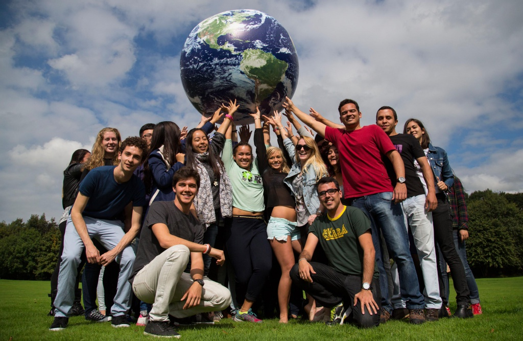 "30.09.14 NO REPRO FEE The University of Limerick welcomes the largest cohort of International Students in its history with 2,500 students representing over 100 countries attending the University, who are estimated to contribute in the region of Û19million to the mid west region. The Û19million figure is based on student spending estimates of between Û7,000 and Û12,000 in one year and does not include tuition fees paid to the University of Limerick. Josephine Page, Director, International Education Division said: ÒInternational students make a very significance impact to our region in terms of our economy, tourism but also in the cultural links built which will continue for years to come.Ó Officially welcoming the students to UL, Professor Don Barry, President said: ""UL is proud of its long tradition in welcoming visiting students to Limerick. We have one of the largest Erasmus exchange programmes in Ireland; we have been welcoming study abroad students for the past 20 years and have made many academic links and partnerships with universities right across the globeÓ. Picture: Alan Place."